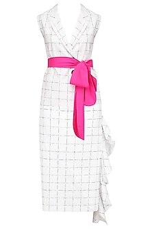 White Checkered Blazer and Skirt Set by Nishka Lulla