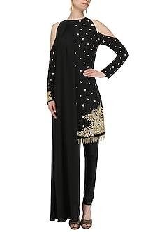 Black Embroidered Cold Shoulder Cape Kurta Set by Ohaila Khan