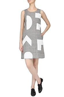 Grey Applique Wotk Shift Dress by Olio