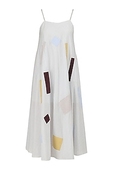 Off White Gathered Midi Dress by Olio