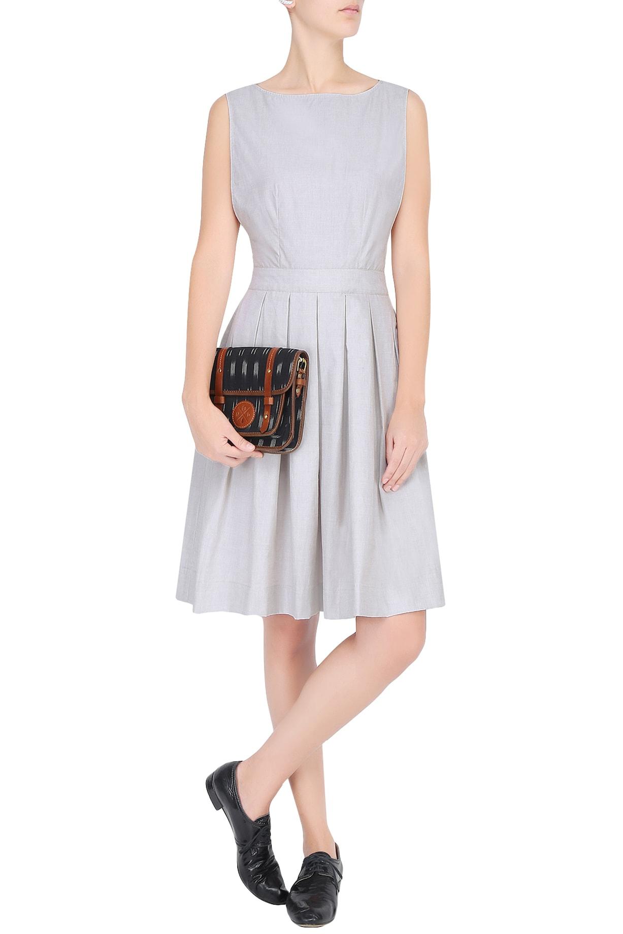 Olio Dresses