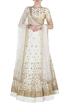 Off White Embellished Lehenga Set by Prathyusha Garimella