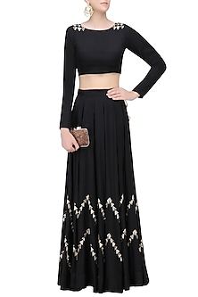 Black Chevron Triangles Lehenga and  Crop Top Set by Prathyusha Garimella