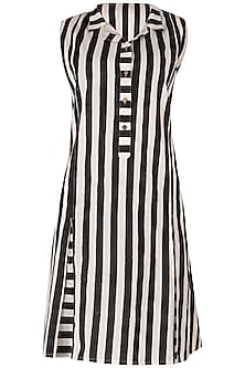 Black And White Knee Length Block Printed Dress