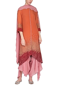 Coral embroidered kurta set by POULI