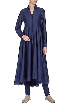 Deep blue embroidered kalidar kurta with pants by POULI