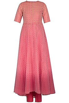 Coral embellished kurta set by POULI
