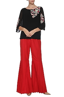 Black Embroidered French Knot Top by POULI