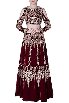 Maroon embroidered lehenga skirt and crop top by PINK PEACOCK COUTURE