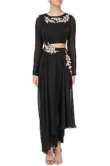 Black Embroidered Dhoti and Crop Top Set by Pink Peacock Couture