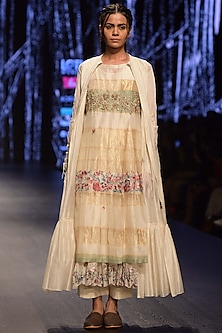 White Embroidered Layered Kurta Set With Jacket by Prama by Pratima Pandey