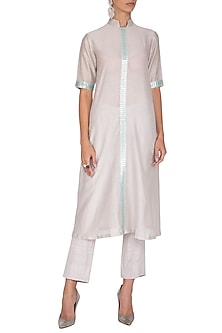 Grey Aari Embroidered Kurta With Pants by Priyal Prakash