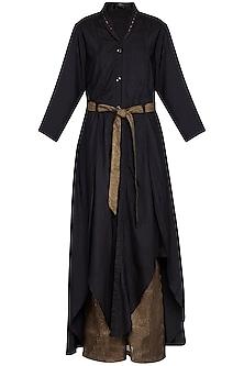 Black embroidered jacket kurta with pants and belt
