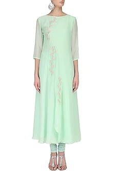 Green Floral Embroidered Flap Kurta Set by Priyam Narayan