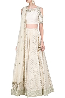 Ivory Embroidred Lehenga Set by Priyanka Jain