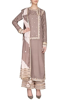 Grey Embroidered Kurta Set by Priyanka Singh