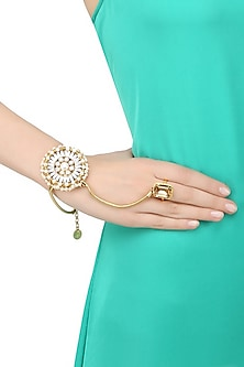Gold Plated Swarovski Crystal London Eye Hand Harness With Ring