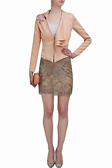 Blush beads embroidered short skirt by Platinoir