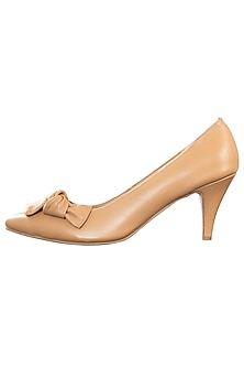 Nude leather pumps by PURRPLE CLOUDS