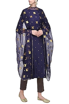 Navy Blue Embroidered Kurta Set by Priyal Prakash