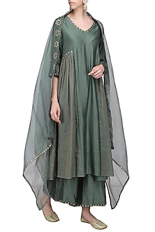 Forest Green Embroidered Kurta Set by Priyal Prakash