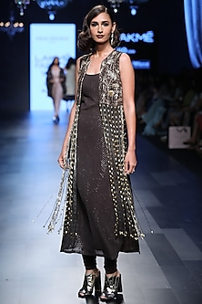 Gunmetal Deco Jaal Embroidered Jacket and Kurta Set by Payal Singhal