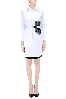 White Overlappig Panel Belted Shirt Dress by QUO