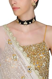 Black and Gold Kundan Palki Choker Necklace Set by Ra Abta