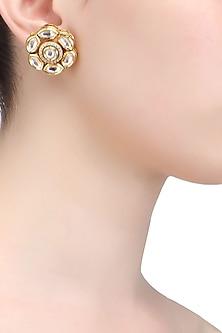 Gold plated floral kundan stud earrings by Ra Abta