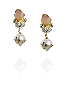 Gold plated rose quartz and kundan pearl earrings by Ra Abta