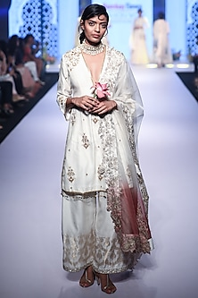Ivory Embroidered Lotus Kurta Set by RAR Studio
