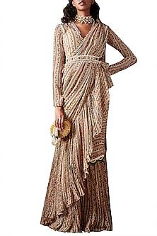 Beige Saree Set With Embellished Belt by Ridhi Mehra