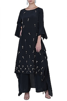 Black Square Cut Tunic by Rimi Nayak
