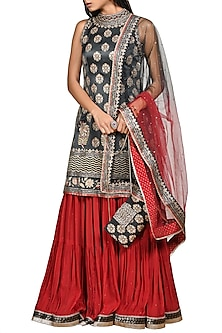 Black & Burgundy Embroidered Kurta Set by Ri Ritu Kumar