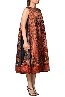 Black & Burgundy Embroidery Kurta by Ri Ritu Kumar