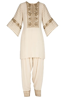 Ivory Hand Embroidered Kurta Set by Samatvam By Anjali Bhaskar