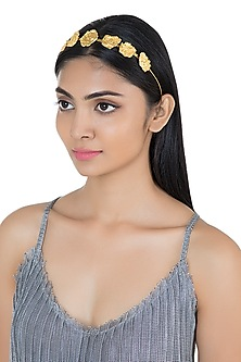 Gold Plated Textured Hairband by Flowerchild By Shaheen Abbas