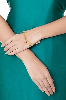 Gold Plated Textured Bangle