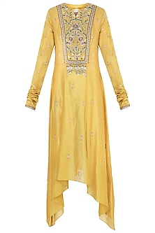 Yellow Embroidered Kurta by Samant Chauhan