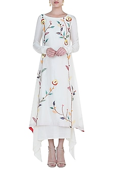 Off White Embroidered Kurta With Inner by Samant Chauhan