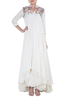 Off White Embroidered Anarkali Kurta With Inner Dress by Samant Chauhan