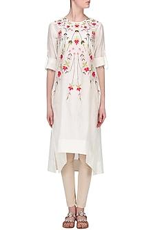 Off White Thread Embroidered Asymmetric Kurta by Samant Chauhan