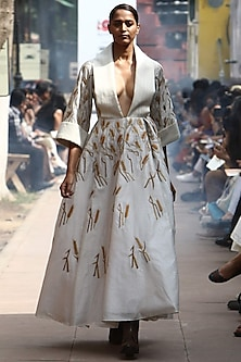 Off White Thread Enbroidered Front Open Gown by Samant Chauhan