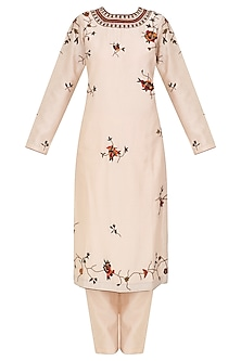 Peach Floral Motifs Embroidered Kurta Set by Shasha Gaba