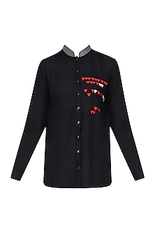 Black and Red Hearts Embroidered Asymmetric Shirt