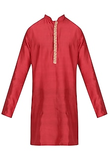 Red Chanderi Silk Kurta by Shiraz