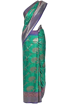 Emerald Green Handwoven Banarsi Saree Set by Shivangi Kasliwaal