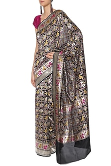 Black Handwoven Banarsi Cutwork Saree Set by Shivangi Kasliwaal