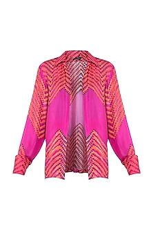 Pink Leheriya Printed Collared Shirt by Saaksha & Kinni