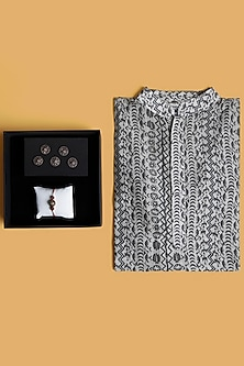 Rakhi Gift Hamper With Kurta & Buttons by SONNET